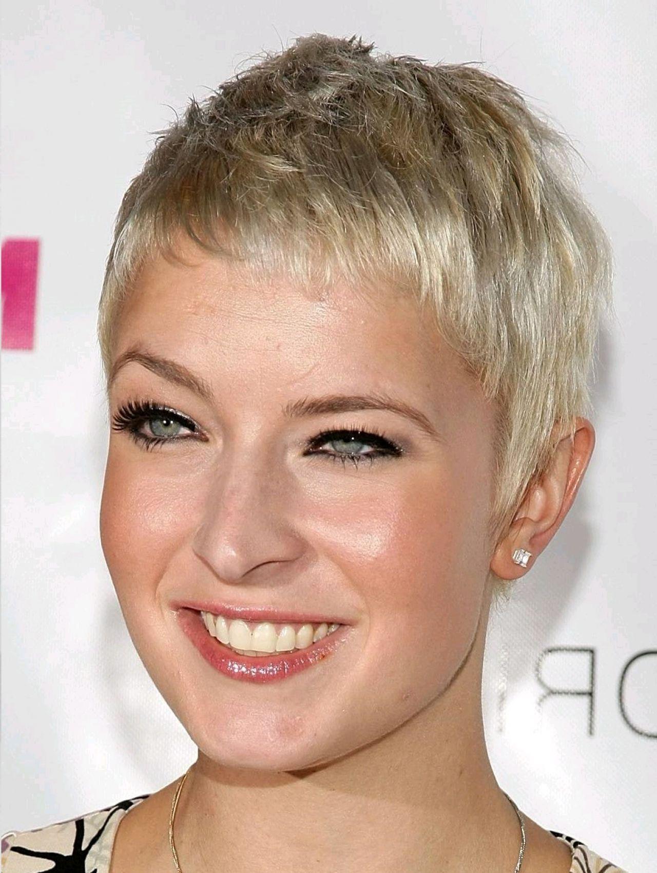 Frisur Für Frauen Nach 30